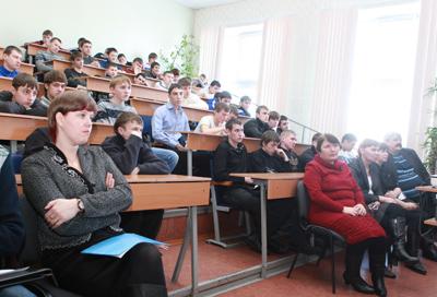 ИРНИТУ Студенты машиностроительного колледжа НИ ИрГТУ востребованы   ИрГТУ встретились с представителями крупнейших производственных предприятий Приангарья на которых востребованы молодые специалисты